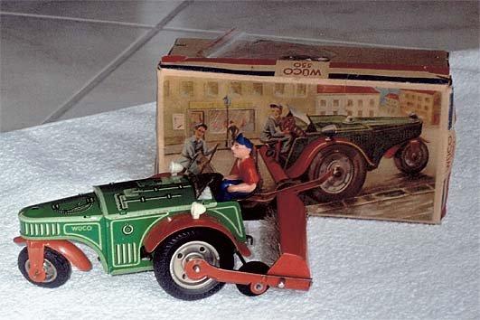 Altes Blechspielzeug der Firma Wueco