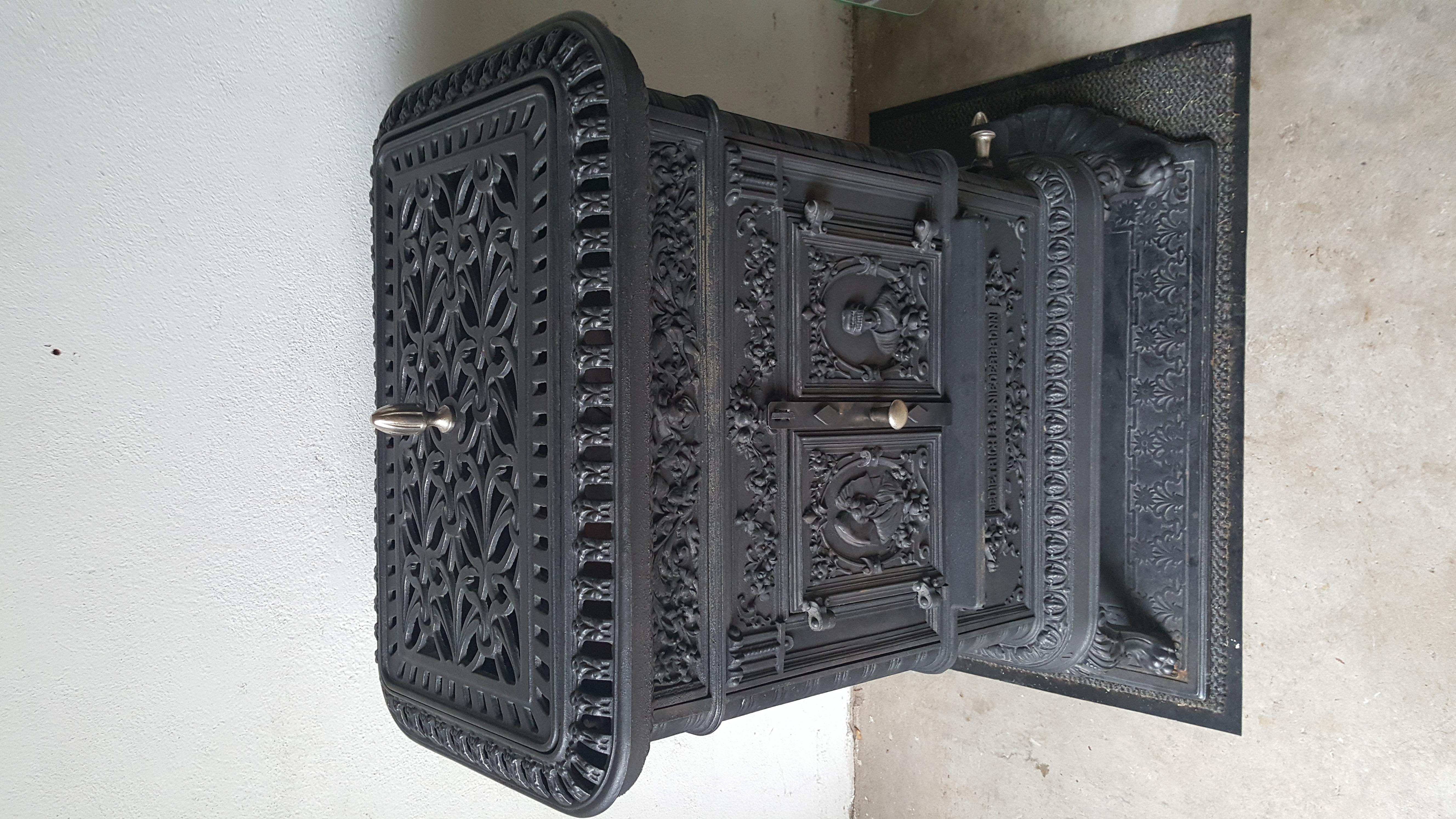anbieten und suchen von alten fen. Black Bedroom Furniture Sets. Home Design Ideas