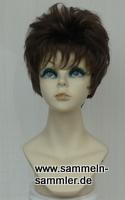 Weiblicher Perückenkopf mit Perücke