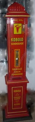 Schokoladenautomat um die Jahrhundertwende