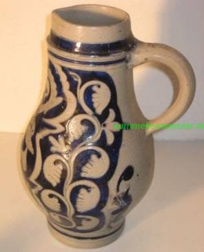 Birnkrug aus Westerwälder Keramik